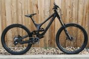 2017 SPECIALIZED DEMO 8 I