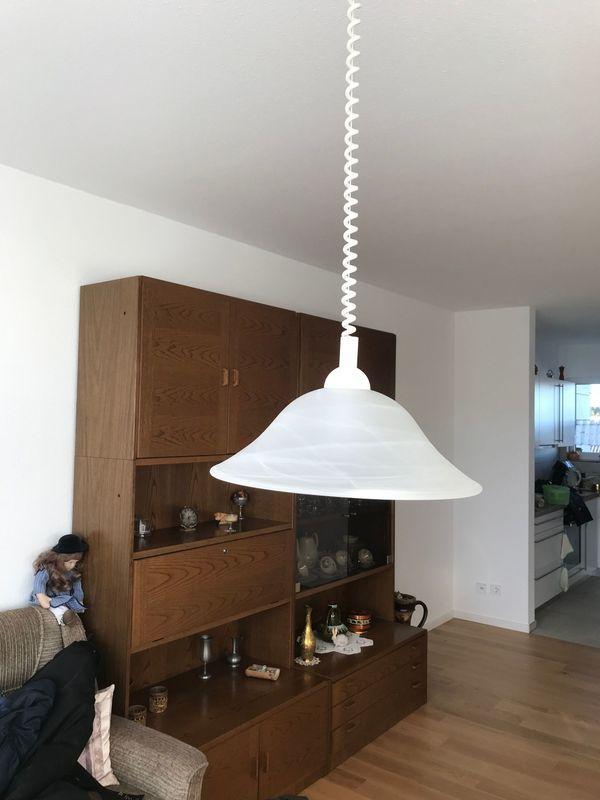 Möbel Lampen Spiegel und Haushaltsgegenstände