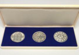 Münzen - 3 Medaillen 1000 1000 Silber