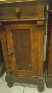 Antikmöbel - 2 antike Nachtkästchen 1850 -