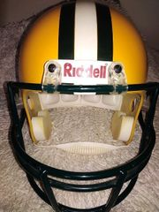 NFL GREEN PACKERS FOOTBALL REPLICA
