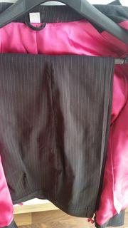 neuer poppiger hosenanzug schwarz mit