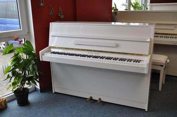Young Chang Klavier 109 cm