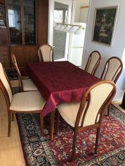 Sehr schöner Holztisch mit 6