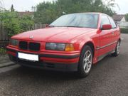 roter BMW 316i Compact