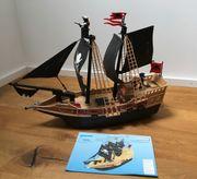 Zwei Playmobil Piratenschiffe 6678 und