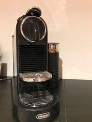 Nespresso Kaffeemaschine mit Milchaufschäumer
