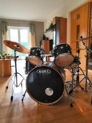 Schlagzeug MAPEX Maple Meridian