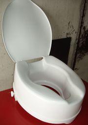 Toilettensitzerhöhung mit Deckel von SAVANNAH