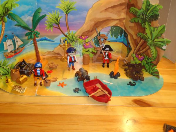 Playmobil-Pirateninsel und Krake