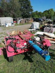 Holzspalter 45to Benzin Fahrbar