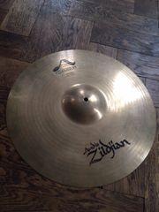 ZILDJIAN A-Custom Medium-Crash 18 Cymbal