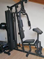 Fitnessturm fast neu