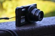 Nikon Coolpix S7000