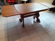 Ausziehbarer Tisch aus Echtholz