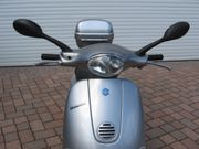 Vespa ET4 125 ccm silber-metallic