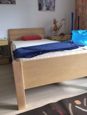 Seniorenbett mit Lattenrost