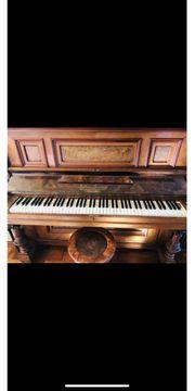 Julius Feurich Klavier mit Notenständer