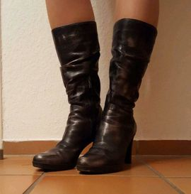 Neuwertige italienische Damenstiefel Stiefel Gr: Kleinanzeigen aus Hamburg Altona-Altstadt - Rubrik Schuhe, Stiefel