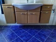 Bademöbel- Set Schränke Waschbecken Wasserhahn