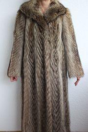Damen-Pelzmantel aus Waschbär-Fell