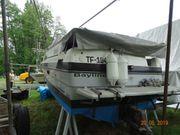 Motorboot 2 Stück werden angeboten