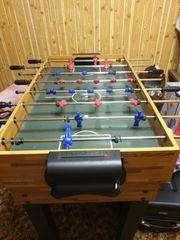 Kicker Tisch und andere Spiele