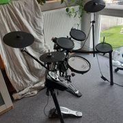 E-Schlagzeug Drum-Set TD-11 Roland