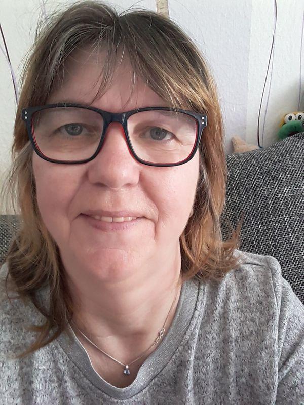 Frauenstein sie sucht ihn, Blind dating in unterwaltersdorf