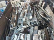 Verkaufe Brennholz Feuerholz Paletten Bretter