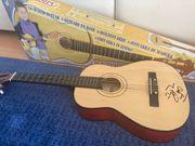 Holzgitarre für Kinder mit Autogramm