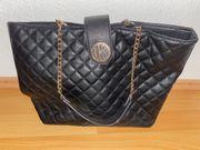 Guess Handtasche schwarz Gold
