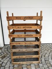 Alte Holzkisten