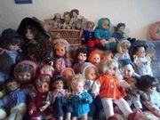 Zu verschenken 35 Puppen
