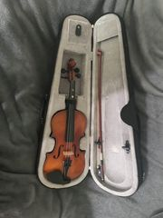 Halbe Geige Kindergeige günstig abzugeben