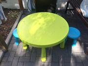 IKEA Tisch mit zwei Hocker