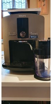 KRUPS EA829 Kaffeevollautomat