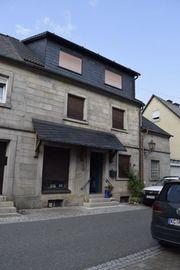 Geschäftshaus und Mehrfamilienhaus in Teuschnitz