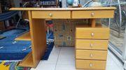 Hochwertiger Schreibtisch aus Massivholz Eiche