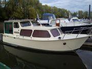 Motoryacht - Kajütboot bitte ansehen