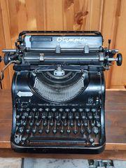 Alte Olympia Schreibmaschine Mod 8