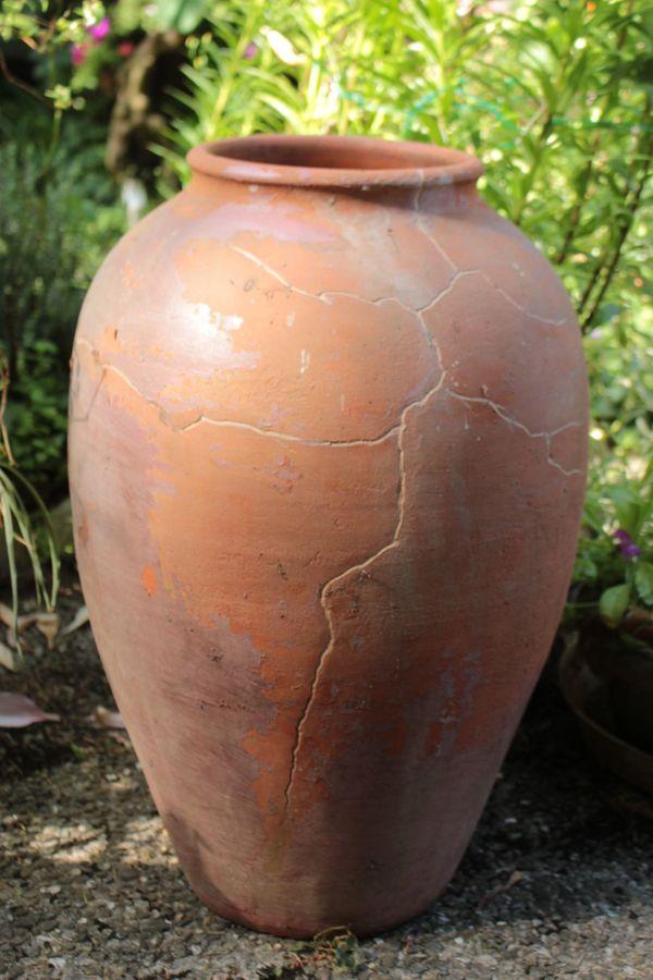Große Terracotta Amphore