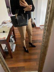schwarze Handtasche von Michale Kors