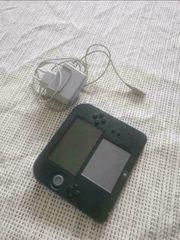 Nintendo 2 DS mit Stift