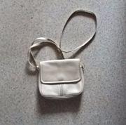 Handtasche cremeweiß mit verstellbarem Schulterriemen