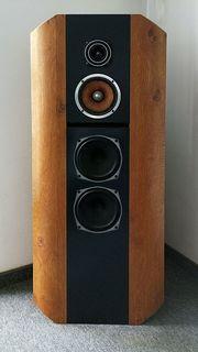Wunderschöne High-End Lautsprecherboxen mit Spitzen
