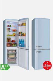 Retro Kühlschrank blau