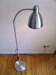 Standlampe von Ikea