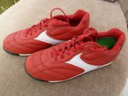 3 Paar neue Sport Schuhe