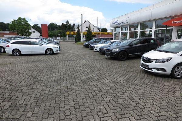 Autohandel sucht einen Automobilverkäufer Autopfleger